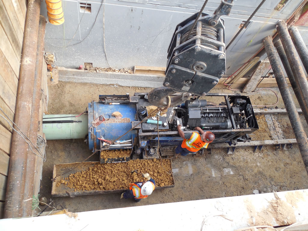Auger Boring Specialist HASS bores tunnels horizontal  and directional drilling in San Antonio Texas