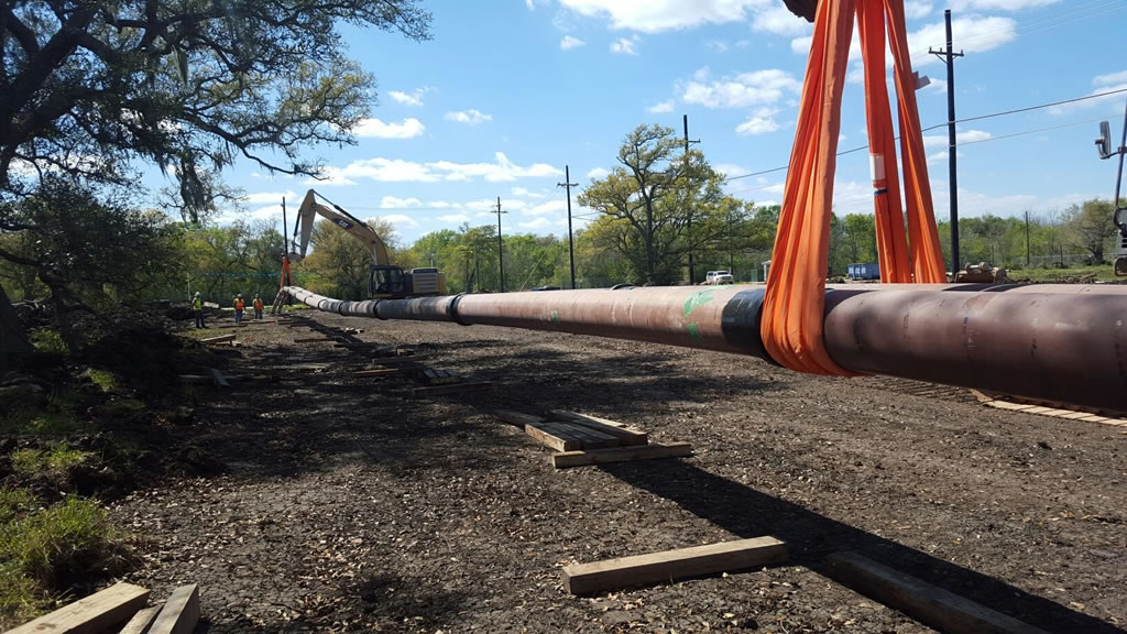 HASS bores tunnels horizontal  and directional drilling in San Antonio