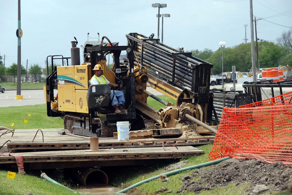 Auger Boring head HASS bores tunnels under railroads horizontal  and directional drilling