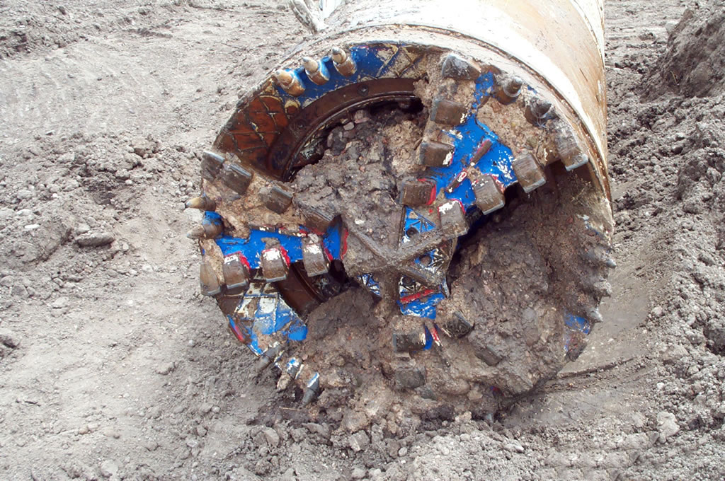 Auger Boring head HASS bores tunnels under railroadshorizontal  and directional drilling