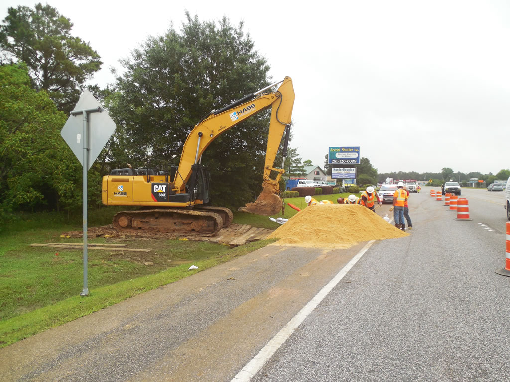 Railroad Airport Dirt Work Heavy Construction in Houston with HASS