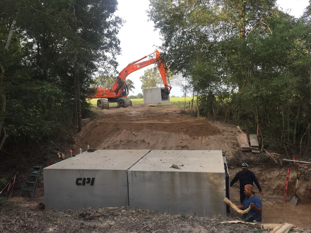 HASS Water Barriers Trench Shoring dewatering systems and Hydrovac near Houston
