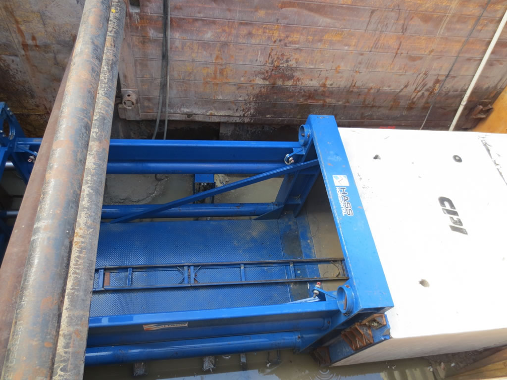 Full Scale Construction Services HASS Horizontal Boring and Tunneling Trench Boring and Trench Shoring