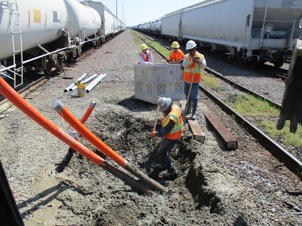 Hass Heavy Civil Construction Trench Shoring Railroad project in Texas