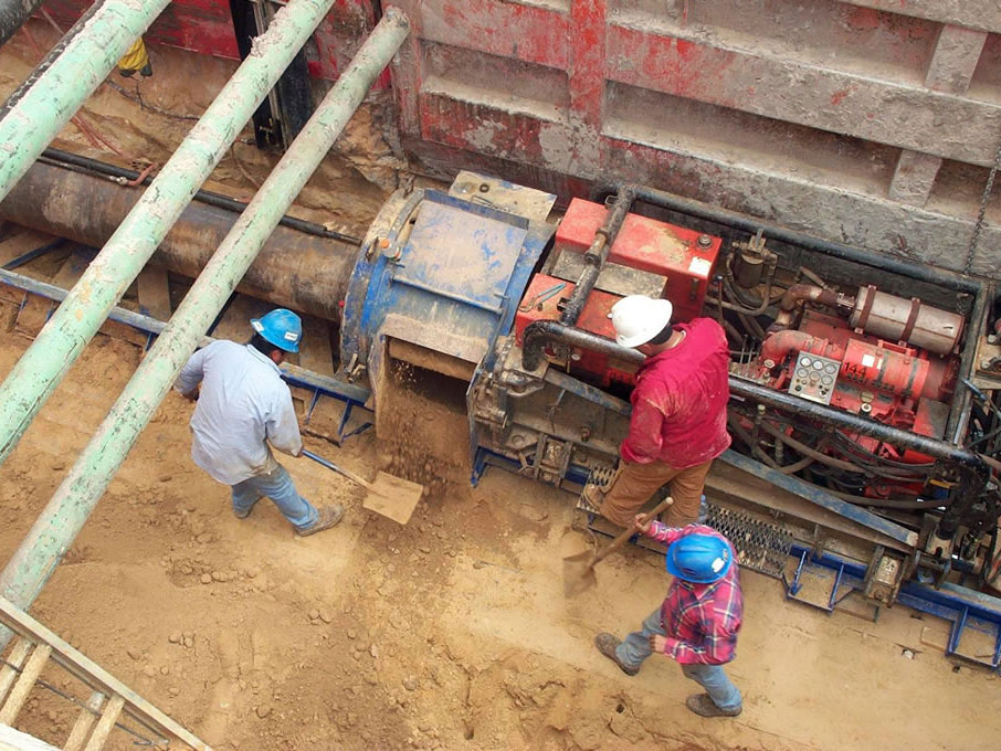 Auger Boring Specialist HASS bores tunnels in San Antonio Texas